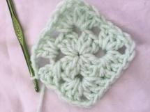 How to Crochet a Classic Granny Square: Slip Stitch to Close