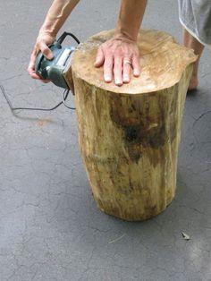 Design Megillah: Tree Stump Table Working on this Tree Stump Furniture, Log Furniture, Garden Furniture, Outdoor Furniture, Tree Trunk Table, Wood Stumps, Tree Stumps, Tree Stump Decor, Do It Yourself Design