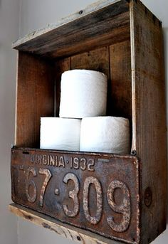 DIY Toilet Paper Holder | Learn how to be self sufficient and other DIY survival tips at survivallife.com #selfsufficiency #survivaldiy #sustainability