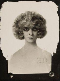 * La Marquise Casati (Marchesa Luisa Casati) , ca. 1925 - Anonyme