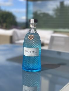 King's Hill gin bottle outside on a table Gin Bottles, Vodka Bottle, Scottish Gin, Gin Tasting, What Katie Did, Gin Gifts, Gin Recipes, Gin Lovers, Blue Bottle