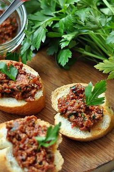 Pasta z suszonych pomidorów Healthy Diet Recipes, Healthy Eating Tips, Healthy Dishes, Vegetarian Recipes, Appetizer Salads, Appetizer Recipes, Delicious Sandwiches, Appetisers, Italian Recipes