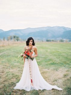 Photography: Rebecca Hollis Photography - rebeccahollis.com%0A%0ARead More: http://www.stylemepretty.com/2015/01/16/colorful-wild-west-wedding-inspiration/