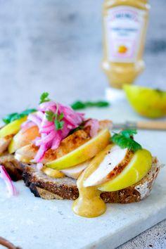 Kyllingssandwich med eple og mango curry sauce Mango Curry, Curry Sauce, Crunches, Yummy Food, Breakfast, Delicious Food