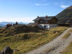 Der Königsweg - majestätisch und sagenumwoben... http://www.weitwanderwege.com/wege/konigsweg/  (c) Bild: Hochkönig Tourismus GmbH. #wandern #weitwandern #königsweg #weitwanderwege #salzburg
