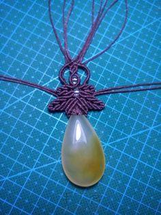 帮你的石头秒变高大上 第11步 Pendant Necklace, Jewelry, Collar Macrame, Jewlery, Jewerly, Schmuck, Jewels, Jewelery, Drop Necklace