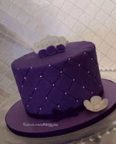 Purple birthday cake. Facebook.com/VentidesignCakes