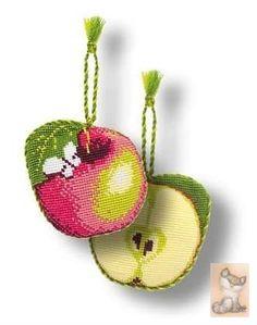 biscornu mela punto croce