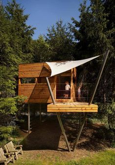 fun family treehouse. by Verner Architects, photo by Halkin Photography