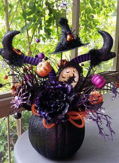 f830731d7da4990400102f4997dff3ae--halloween-wreaths-fall-halloween.jpg (736×1006)