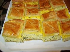 reteta foietaj rapid - placinta cu branza -2 Pastry Recipes, Cake Recipes, Cooking Recipes, Romanian Food, Pin On, Food Cakes, Snacks, Food To Make, Bacon