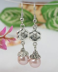 Fashion Glass Pearl Beads Earrings.                                                                                                                                                                                 More