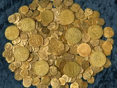 Treasure hunter found million in gold coins Money Lei, Treasure Coast, Pirate Treasure, Treasure Island, Narnia, Golden Treasure, Money Pictures, Gold Money, Gold And Silver Coins