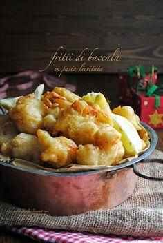 Pane, burro e alici: Non c'è Natale senza i fritti di baccalà in pasta lievitata