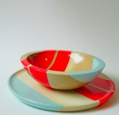 Colorblock wood tableware
