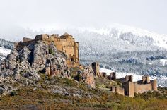 Spain - Aragón - Loarre castle by Asier Villafranca on Medieval Castles In Europe, Spain History, Kingdom Of Heaven, Aragon, Archaeological Site, Romanesque, Old Buildings, Monument Valley, Countryside