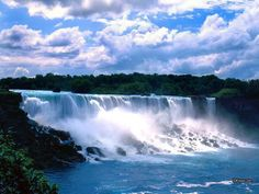 Niagara Falls (French: les Chutes du Niagara) are massive waterfalls on the Niagara River, straddling the international border separating the Canadian province of Ontario and the U. state of New … Oh The Places You'll Go, Great Places, Places To Travel, Beautiful Places, Places To Visit, Beautiful Pictures, Dream Vacations, Vacation Spots, Family Vacations