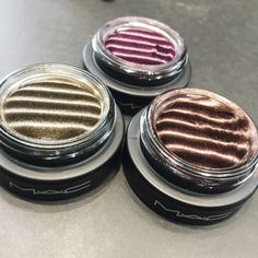 MAC COSMETICS - New Spellbinder Eyeshadow
