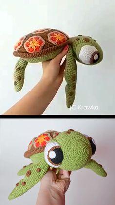 The cutest crochet sea turtle squirt pattern! Kids stuffed animal crochet idea. Etsy find affiliate link. Diy Crochet, Crochet Dolls, Learn To Crochet, Crochet For Kids, Crochet Baby, Crochet Crafts, Crochet Projects, Crochet Turtle Pattern Free, Crochet Free Patterns