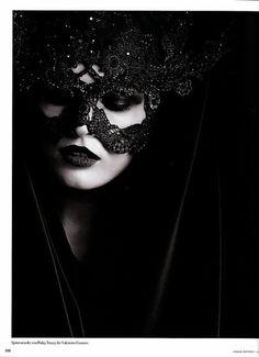Lace Mask #Fashion  Something like that...