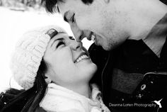Winter couple picture ideas   snowy engagement picture ideas   Deanna Loren Photography