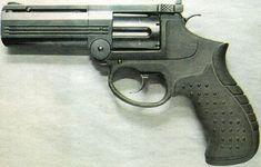 MP-412 REX REVOLVER  A Russian handgun I wouldn't mind owning..