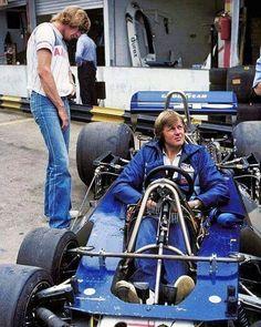 James Hunt inspecting Ronnie Petersen's Tyrrel P34