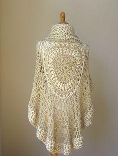 PONCHO Bohème BEIGE au Crochet tricot crème Cape par marianavail