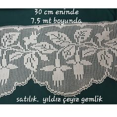 This Pin was discovered by esr Crochet Cross, Crochet Art, Crochet Granny, Irish Crochet, Crochet Stitches, Crochet Doilies, Crochet Patterns, Fillet Crochet, Crochet Curtains