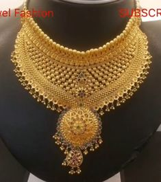 Indian Gold Jewelry Near Me Gold Wedding Jewelry, Solid Gold Jewelry, Gold Jewellery, Bridal Jewelry, Gold Mangalsutra Designs, Necklace Designs, Jewellery Designs, Jewelry Patterns, Gold Fashion