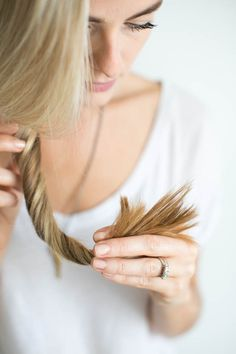 4 Ways to Heal Split Ends | http://helloglow.co/how-to-heal-split-ends/