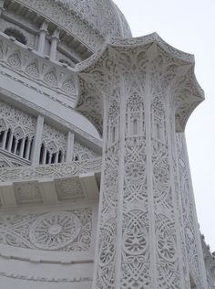 Baha'i House of Worship by bobcaroline, via Flickr