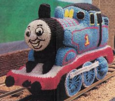 KNITTING PATTERN BOYS THOMAS THE TANK ENGINE CUTE SOFT TOY 15 T X 23 L CMS -8PLY