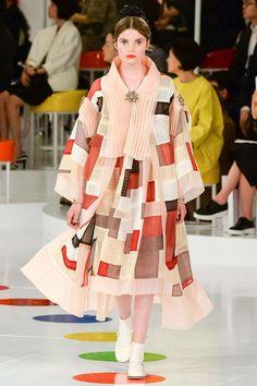 韓服に着想を得た別のアウター。シャネル2015年クルーズコレクションより Photo: InDigital