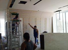 Guía de Recubrimiento de madera  Muro Curvo Recepción #OficinaAspel