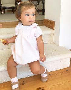 Baby Girl Fashion, Toddler Fashion, Kids Fashion, Preppy Baby Boy, Baby Boy Outfits, Cute Kids, Cute Babies, Baby Kids, Beautiful Children