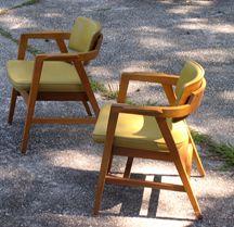 gunlocke chairs