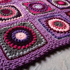 Textured Circles Blanket Pattern