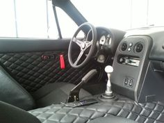 NA Miata Interior with custom transmission cover and tombstone by w8lifter21