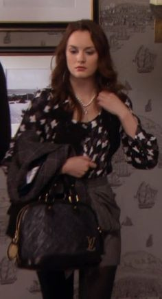 4x08 Love the blouse and pearls. Milly blouse. Tibi skirt and jacket. Louis Vuitton bag. Balenciaga shoes.