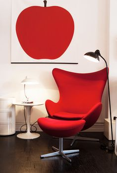 egg-chair-rouge
