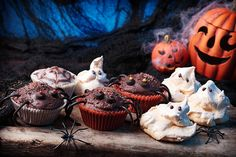 Whether you're hosting a family party or attending a gory get-together with friends, we've come up with some creepy Halloween cake recipes, packed with delicious ingredients. All of our Halloween cake ideas are easy to make and designed to send an eerie chill down the backs of your friends' spines. 1. Spider cake 2. Pumpkin party cake  3. Red velvet blood cake 4. Ghostly meringue cake Spooky Halloween Cakes, Halloween Sweets, Halloween Party, Spider Cake, Meringue Cake, Party Guests, Party Cakes, Clipart, Cake Recipes