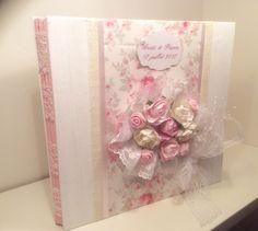 Le chouchou de ma boutique https://www.etsy.com/fr/listing/513402381/livre-dor-mariage-romantique-bouquet-de