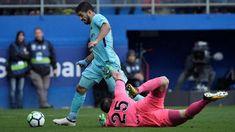 Més Que un Club: Barcelona Tekuk Eibar 2-0
