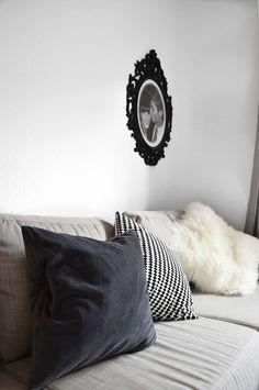 COM Sofa, Couch, Interior, Blogger Wohnung, Graues Sofa, Wohnzimmer, Grey  Sofa, Tisch Aus Europaletten, Couchtisch Europaletten | Pinterest | Gu2026