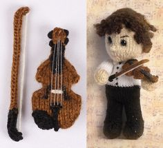 Knitted Sherlock with his violin. Oh. My. God. I LOVE this!! <3