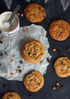 Suolafudge-suklaahippucookiet