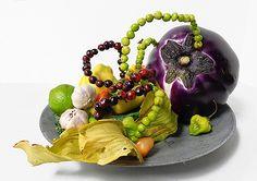 morimono Fruit And Veg, Fruits And Veggies, Vegetables, Ikebana, Vaser, Japanese Flowers, Flower Arrangements, Ethnic Recipes, Green