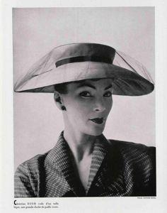 Dior hat 1952