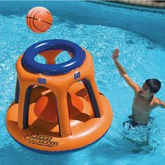 Want to give your kids something new to try in the pool this summer? Why not this Swimline Giant Shootball Inflatable Pool Toy. It's a inflatable Fun Pool Games, Swimming Pool Games, Pool Activities, Cool Swimming Pools, Pool Fun, Fun Backyard, Party Games, Summer Pool, Summer Fun